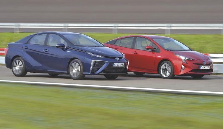 წყალბად-მობილი Mirai ახალი Prius-ის წინააღმდეგ - მომავალი ამათია!